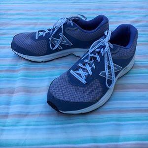 New Balance 411 Blue-Gray Walking Sneakers